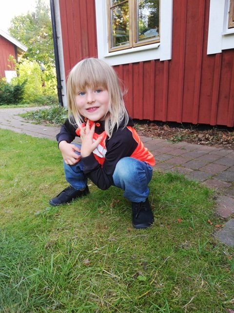 small girl wearing Citee in Sweden